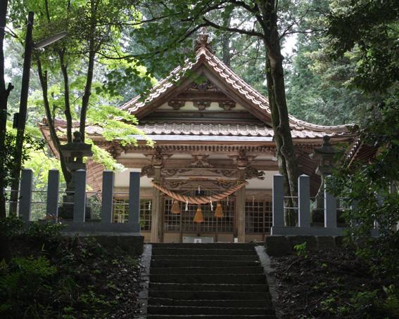 8910_usiroyama_haiden