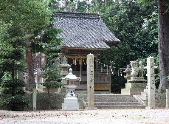 9545_hawa_izumi_hachiman_haiden
