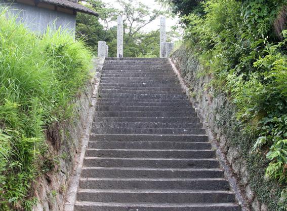 9592_hawa_izumi_hachiman_sando