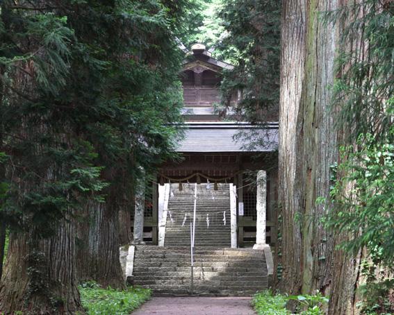 2329_kawadori_zuisinmon_haiden